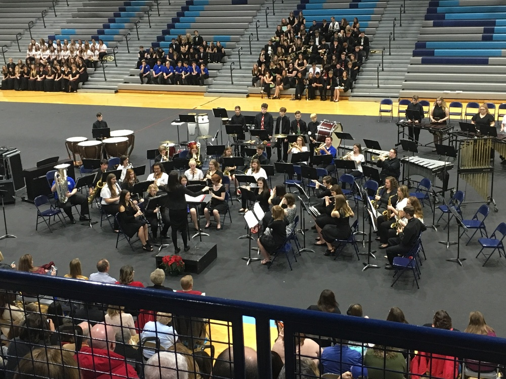 Holiday Band & Choir Concert Held on Sunday